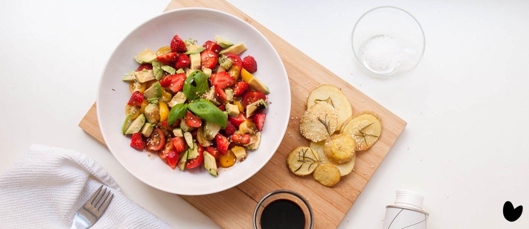 Sommersalat mit selbstgemachten Potato Slices