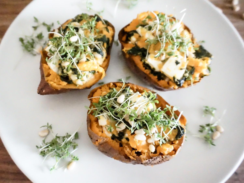 Gefüllte Süßkartoffel mit Spinat